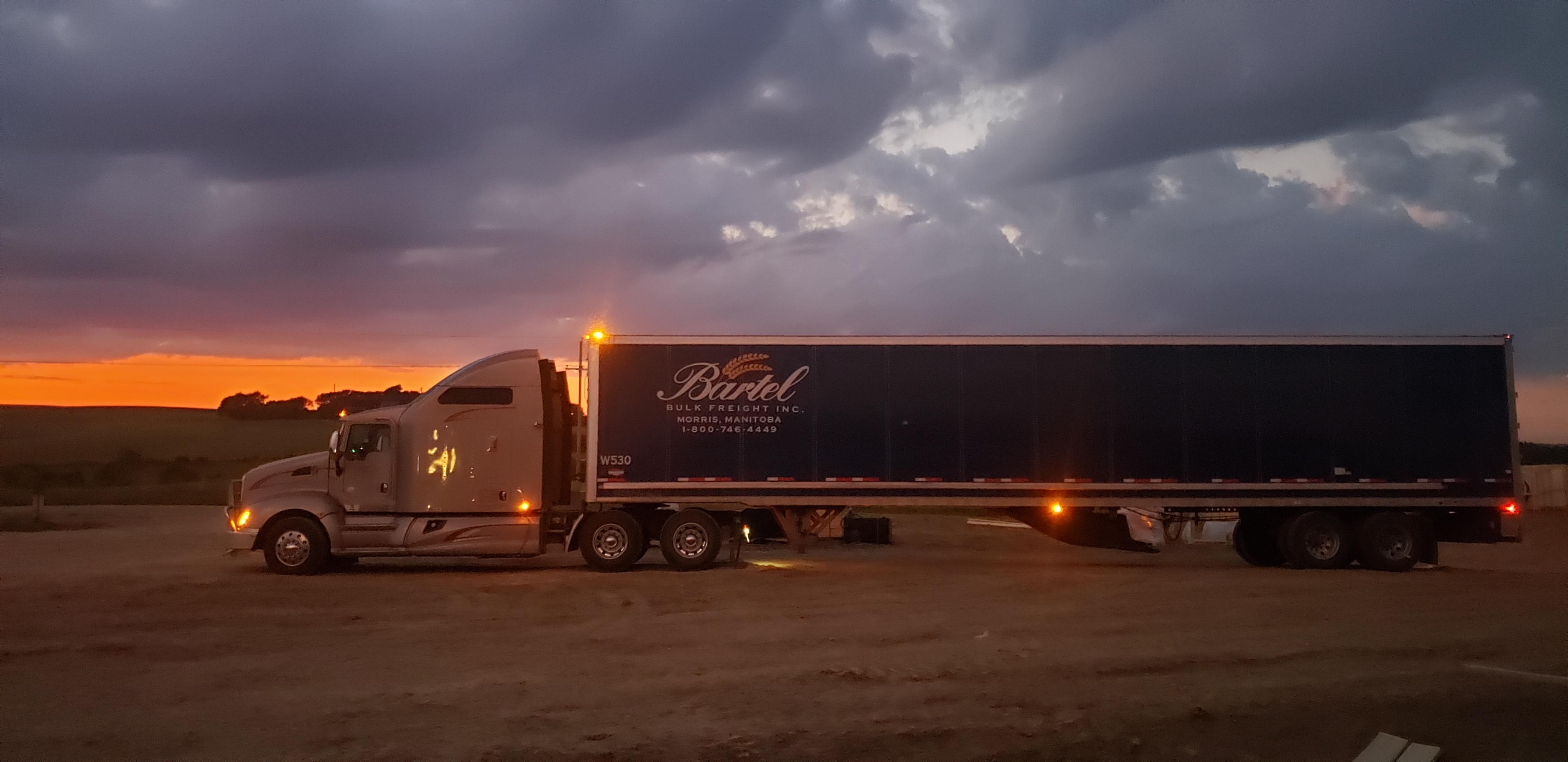 Manitoba Trucking Company Serving Winnipeg Us Amp Canada